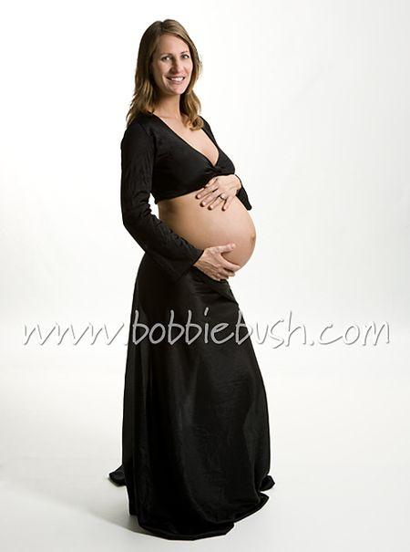34 weeks pregnant. Nicole, pregnant at 34 weeks